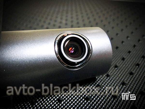Объектив видеорегистратора BlackVue DR400G HD имеет широкий угол обзора - 120 градусов