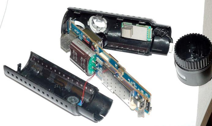 Внутренности автомобильного регистратора BlackVue DR500GW-HD Wi-Fi