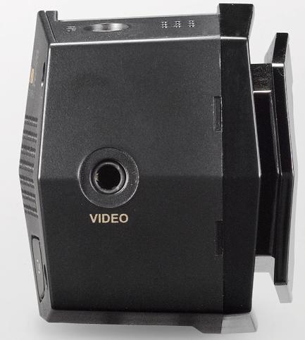 FineVu CR-2i FullHD - разъем для подключения внешнего монитора