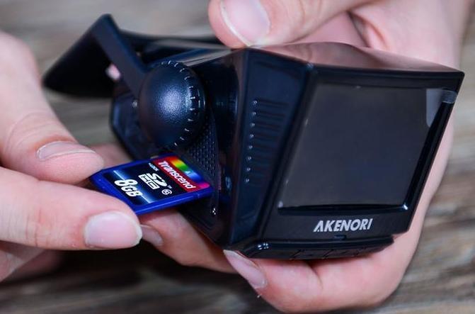 Автомобильный регистратор Akenori 1080 X - размеры соответствуют заявленным