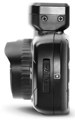 Автомобильный регистратор DOD LS460W - разъем для карты microSD до 32 гигабайт