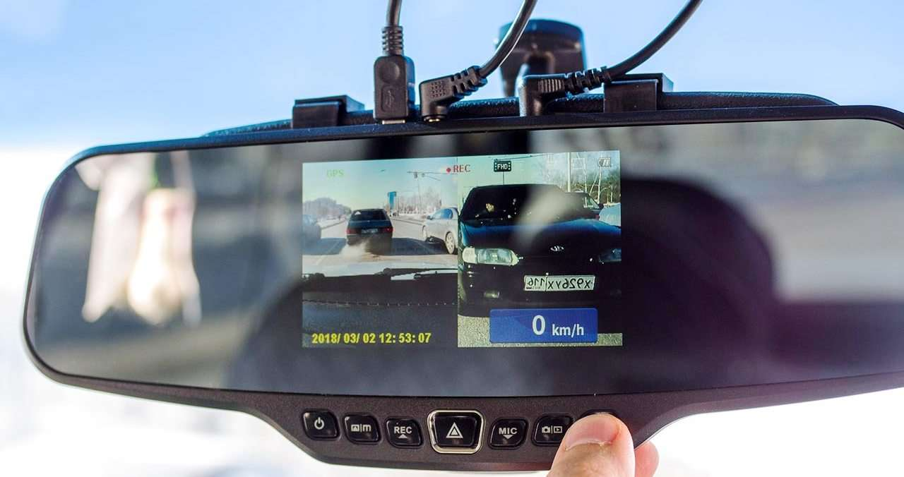 Neoline G-Tech X27 Dual –двухдвухкамерный видеорегистратор в форме зеркала заднего вида