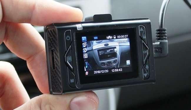 Обзор автомобильного видеорегистратора Neoline Wide S31